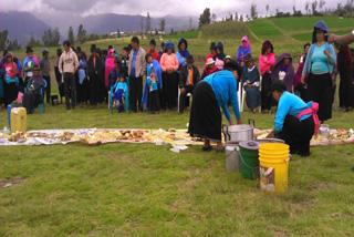 伝統的な作物を救う方法を地域の各家庭が学ぶことができました