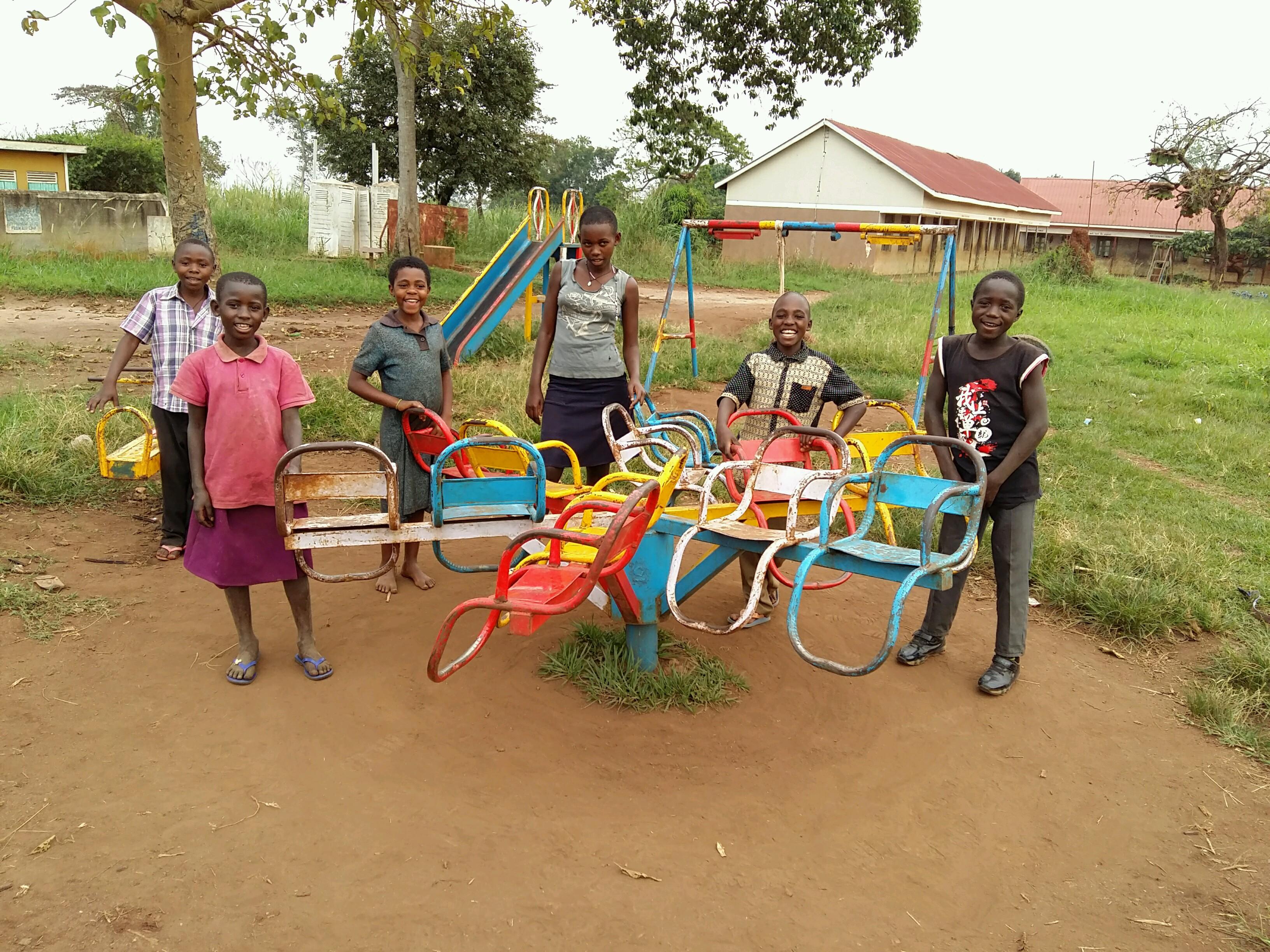 ウガンダ 子どもたちの様子