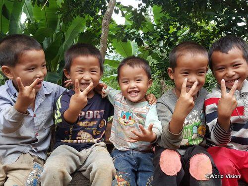 ベトナムの子どもたち