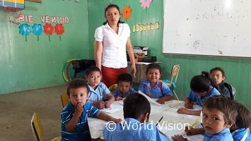 幼稚園の先生のイメルダさん