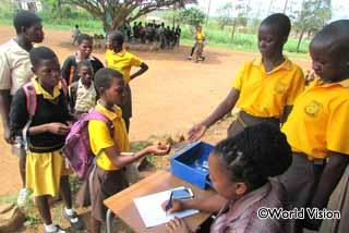 学校の貯蓄グループ