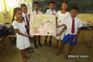 小学校と協力して、学校農園プロジェクトを行いました。23人の子どもたちが参加し、子どもたちが夢の農園を描きました