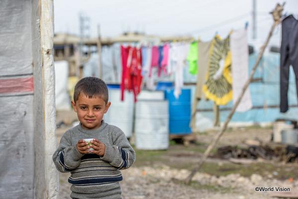 難民キャンプで暮らす子ども