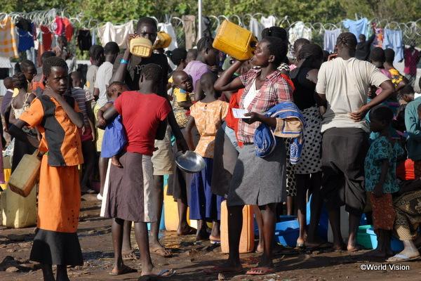 南スーダン難民キャンプの様子