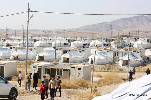 中東・北アフリカの難民キャンプで暮らす子どもたち
