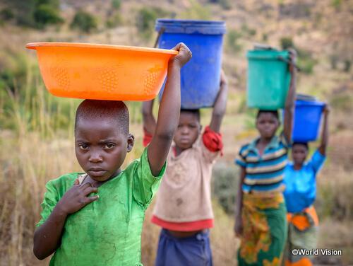 困難に直面している開発途上国の子ども