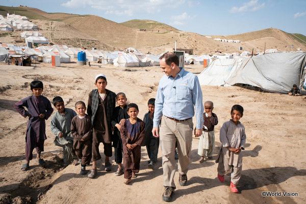 難民キャンプでの難民の様子