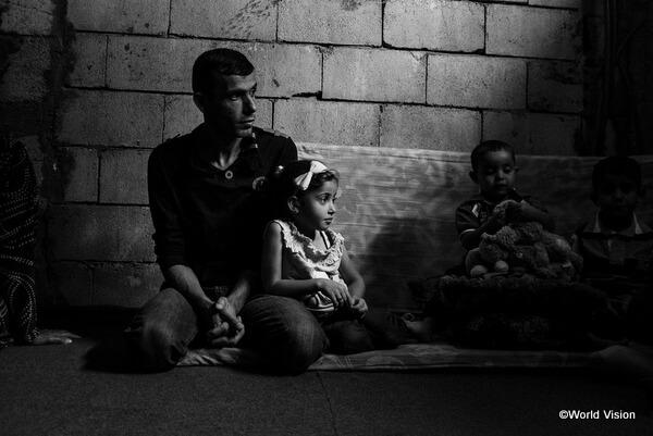 シリア難民の親子