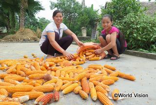 【バンエン地域】「家計管理や作物の栽培、家畜の飼育方法など、以前は知らなかった多くの知識を得て、今は子どもたちをしっかり養うことができています。」 クイさん(地域の母親)