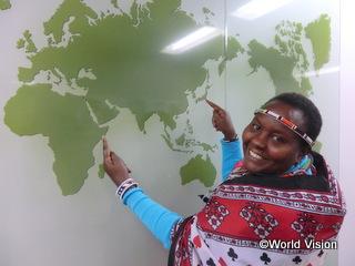 「ケニアに帰国後、日本の皆さまのことを伝えます!」とシニーナ(WVJ事務所)