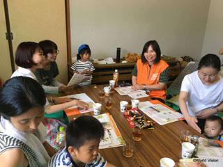 8月25日に開催したママカフェの様子