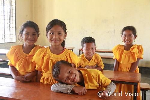 支援地域の学校の子どもたち