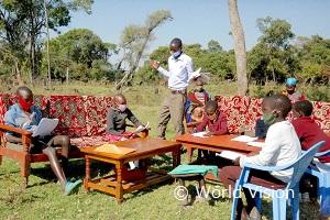 休校期間中も家庭で先生が訪問して勉強を続けています