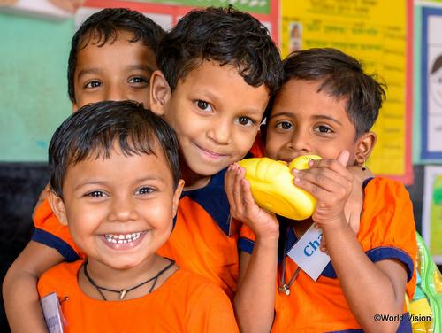 バングラデシュの支援地の子どもたち