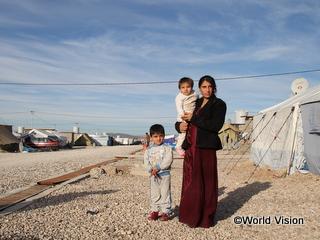 イラクを逃れる決意をした家族