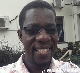 ウガンダの財務担当トニーは、元チャイルドで、支援について語ってくれました