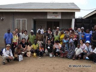 2009年の支援地訪問ツアーの様子