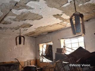 紛争で破壊された教室